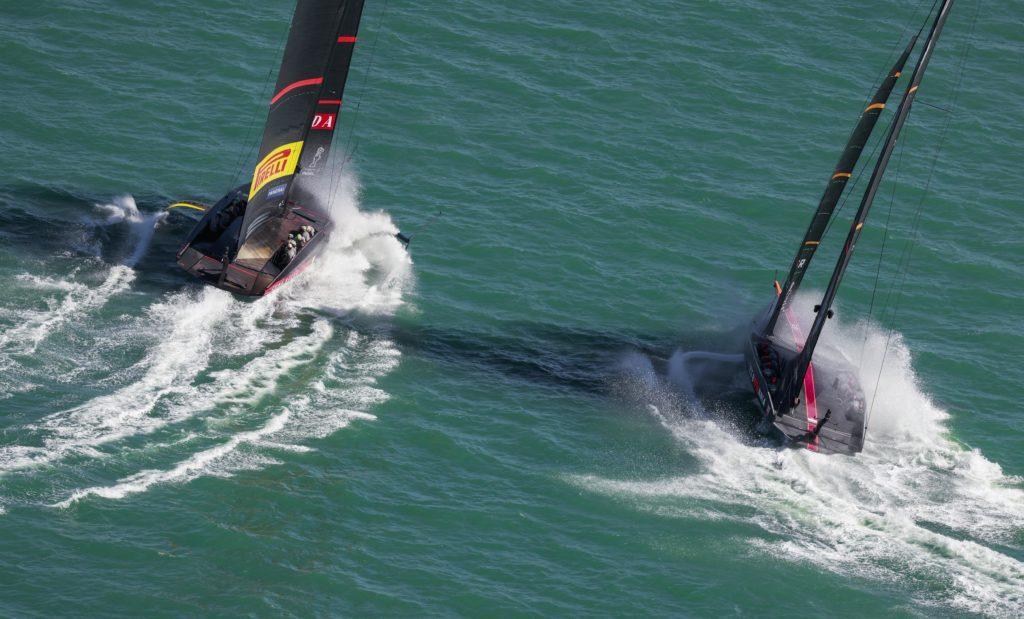 17/12/20 - Auckland (NZL) 36th America's Cup presented by Prada Race Day 1 Ineos Team UK, Luna Rossa Prada Pirelli Team